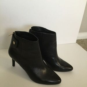 Cole Haan Womens Kitten Heel Boots 10B Never Worn